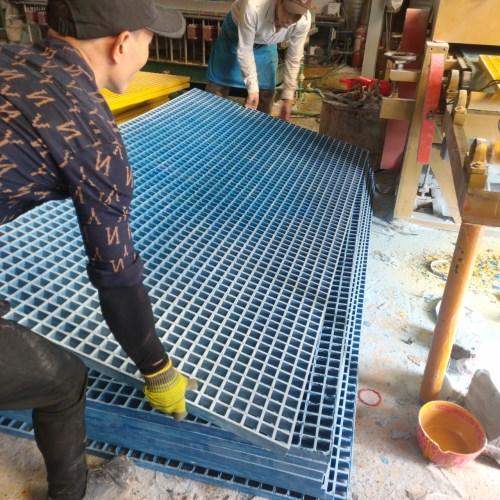 tấm sàn composite FRP